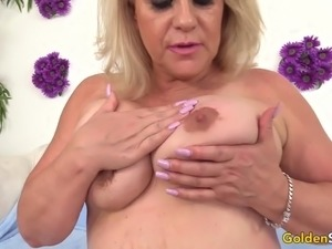 Horny granny gets naked and shows her pussy in close up and rub it with fingers