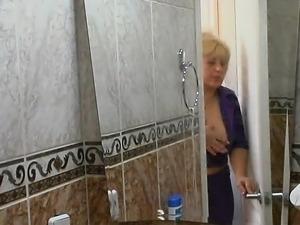 japan lesbian shower