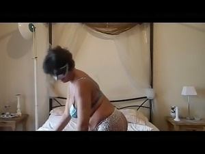 crazyamateurgirls.com - mature with big boobs stufing panties for me -...