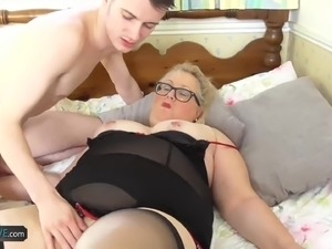 Old chubby granny let handy youngster to hard fuck all of her fats