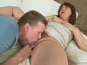 Red Mary is an inexhaustible mature whore who enjoys being eaten out
