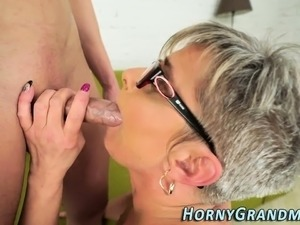 free blowjob video first swallow