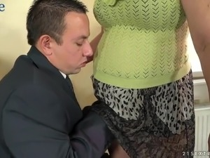 Dirty-minded mature housewife Viola Jones gives man a rimjob and wanks his dick