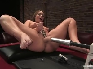 Nasty Flower Tucci gets her juicy vagina stuffed by a machine