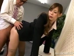 Amazing office sex with a juicy Japanese sex doll