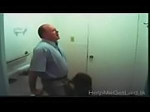 CUTE INDIAN  TEEN GIRL FUCKED BY BOYFRIEND IN HOSTEL