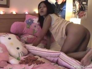 Masturbation solo of adorable Asian girlfriend Kat Young