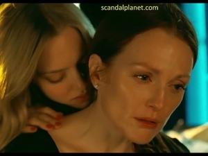 Julianne Moore And Amanda Seyfried Lesbian Sex In Chloe