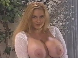Big Bust Extasy (Napali Video 1993)