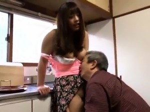 Buxom Japanese milf gets her juicy cunt fingered and fucked