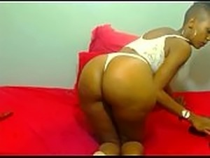 african bitch shows ass  in front of the camera &ndash_ https://utka.su/KZiSO