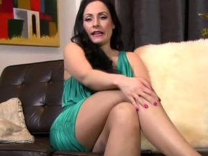 Sexy MILF in pantyhose