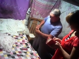 Old man fuck someone wife in her room to exchange money