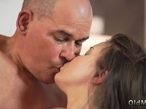 Old man fuck woman and guy fucking young girl first time Her