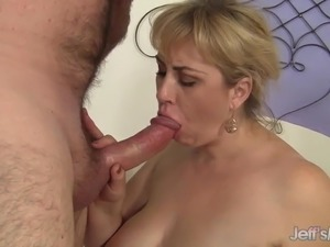 Busty BBW Amazon Darjeeling Gets Pounded