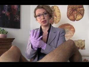 Chronic masturbatror diagnosis-Mature femal doctor